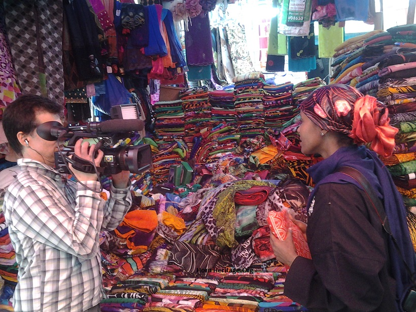 Sada Mire presenting the textile culture and traditional tailor culture in Bacadlaha market of Hargeisa in the documentary 'Sada and Somaliland' by Luis Nachbin