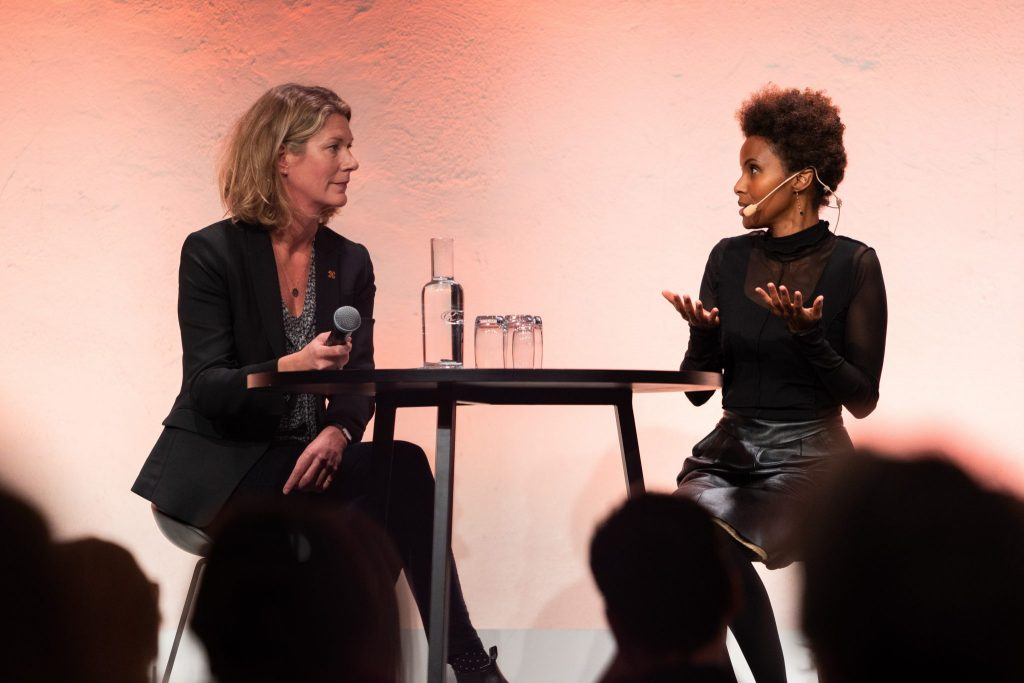 Author Karin Altenberg in conversation with Sada Mire on her journey in Somali heritage  at the 2018 Swedish National Heritage Board meeting in Stockholm. Photo: Fredrick Streiffert CCBY)